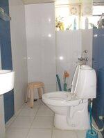 15F2U00214: Bathroom 2