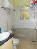 13M3U00025: Bathroom 3