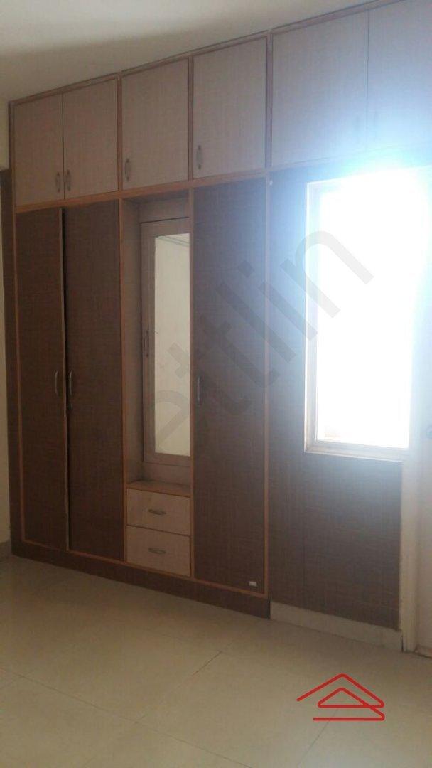 15A4U00410: Bedroom 1