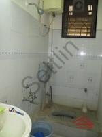 10DCU00059: Bathroom 2