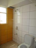 13A4U00006: Bathroom 2