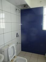 13A4U00006: Bathroom 1