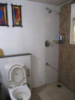 13DCU00266: Bathroom 1