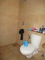 14J1U00213: Bathroom 1