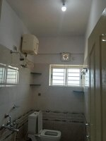 14DCU00439: Bathroom 3