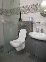 15OAU00165: Bathroom 2