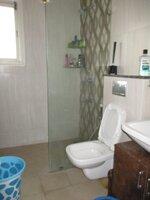 15OAU00165: Bathroom 1