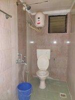 15J1U00099: Bathroom 2
