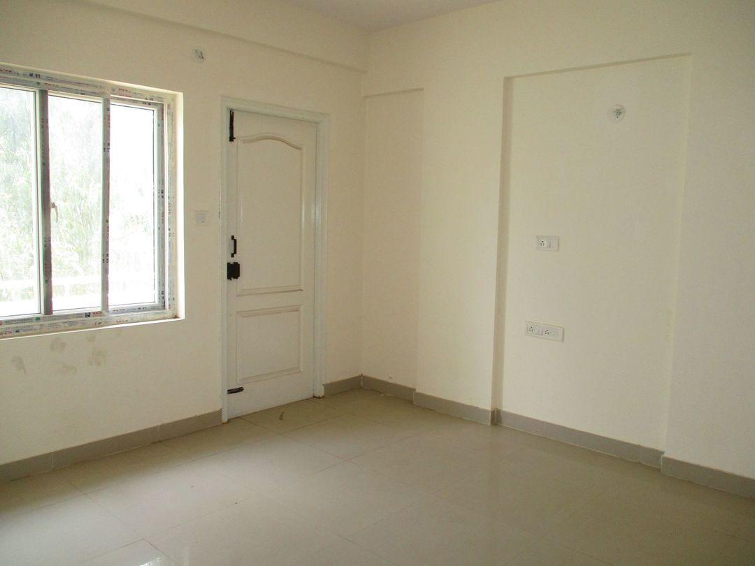 10J7U00153: Bedroom 1