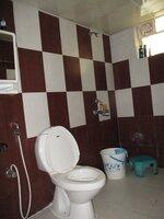 15S9U00857: Bathroom 3