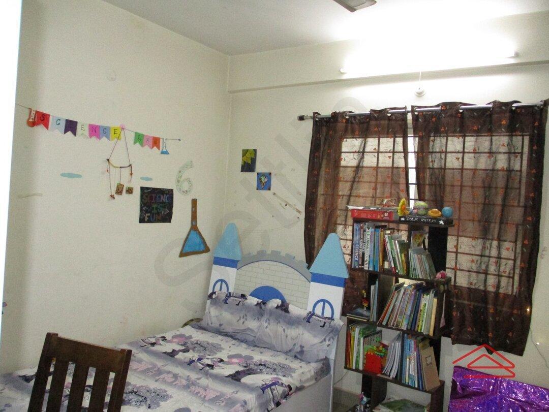 15S9U00857: Bedroom 1