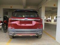 15J7U00066: parkings 1