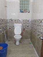 12A8U00322: Bathroom 1