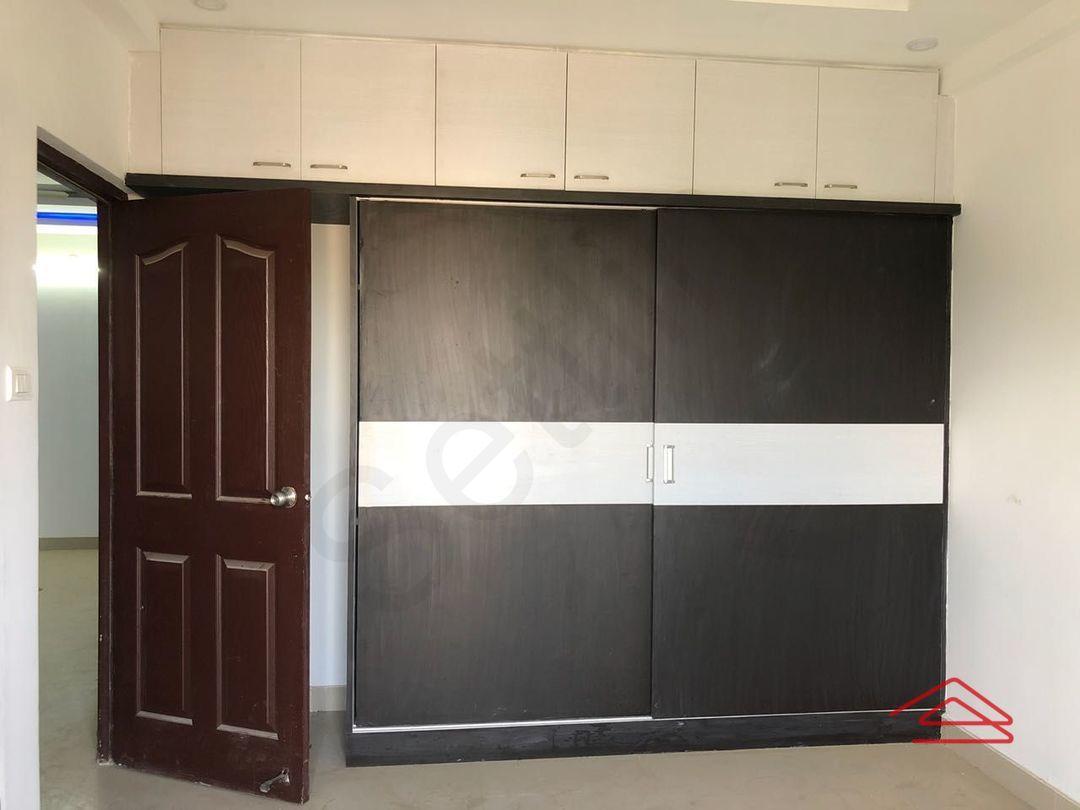 13F2U00316: Bedroom 1
