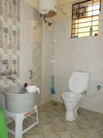 13F2U00076: Bathroom 1