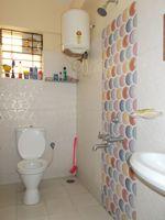 13F2U00076: Bathroom 2
