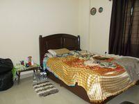 13F2U00076: Bedroom 2