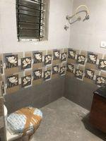 13F2U00348: Bathroom 4