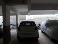 13M5U00230: parking 1