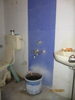 15OAU00139: Bathroom 2