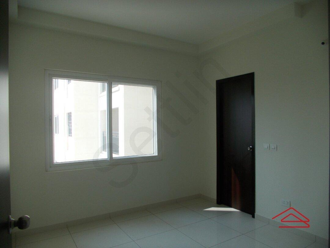 14OAU00339: Bedroom 1