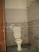 10OAU00001: Bathroom 1