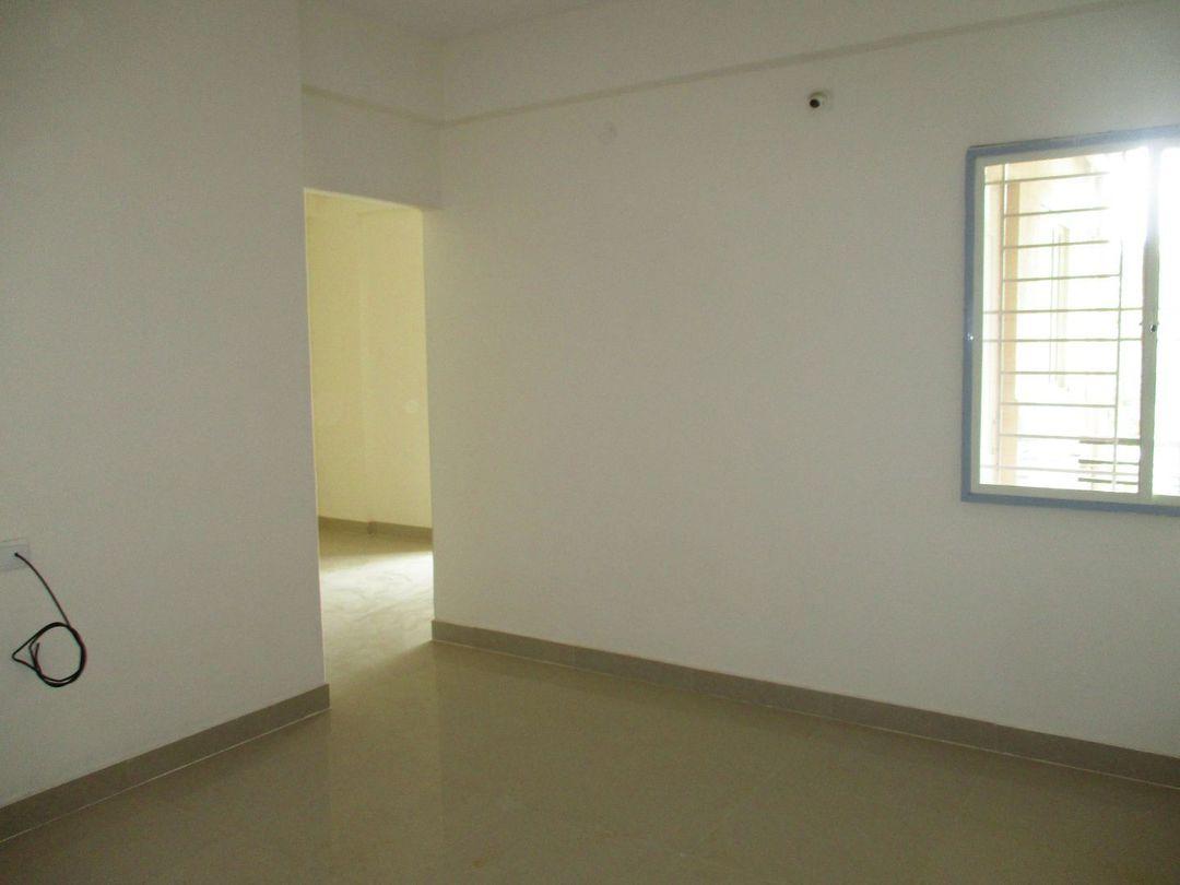 10J7U00183: Bedroom 1
