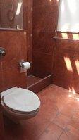 15F2U00378: bathroom 3