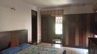 15F2U00378: bedroom 2
