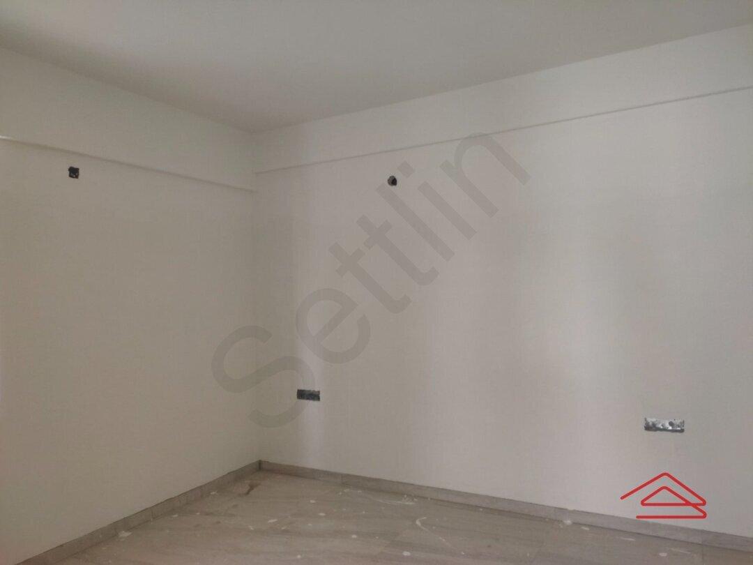 15J6U00037: Bedroom 1