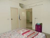13M5U00682: Bedroom 1