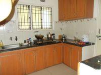 13M5U00682: Kitchen 1