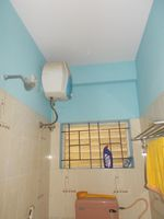 13F2U00588: Bathroom 2
