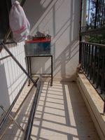13M5U00599: Balcony 1