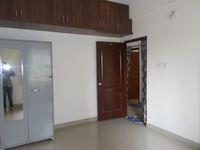 13M5U00599: Bedroom 2
