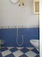 13M3U00123: Bathroom 1