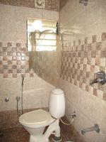 11NBU00098: Bathroom 1