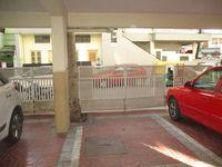 11NBU00098: parking 1
