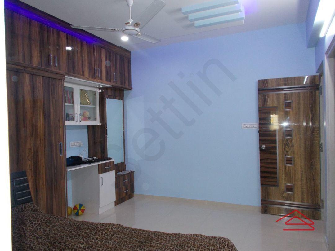 13J1U00213: Bedroom 1