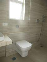 13M3U00151: Bathroom 3
