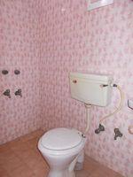 11NBU00063: Bathroom 3