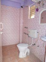 11NBU00063: Bathroom 2