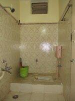 15S9U01040: Bathroom 1