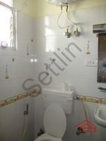 10DCU00410: Bathroom 2