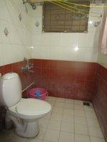 13NBU00228: Bathroom 2