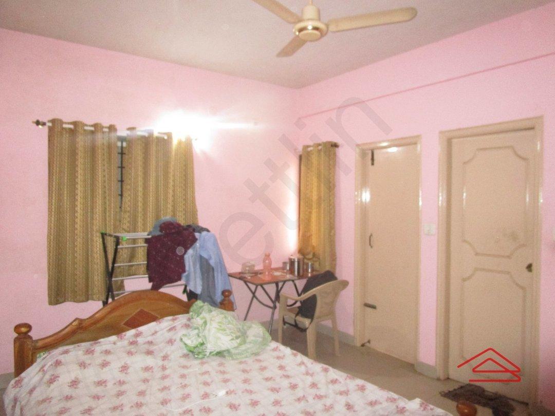 13NBU00228: Bedroom 1