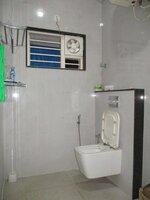 15OAU00040: bathroom 1