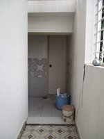 15OAU00040: bathroom 5