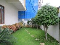 15OAU00040: gardens 1