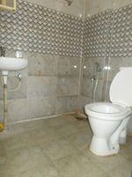 13A4U00074: Bathroom 2